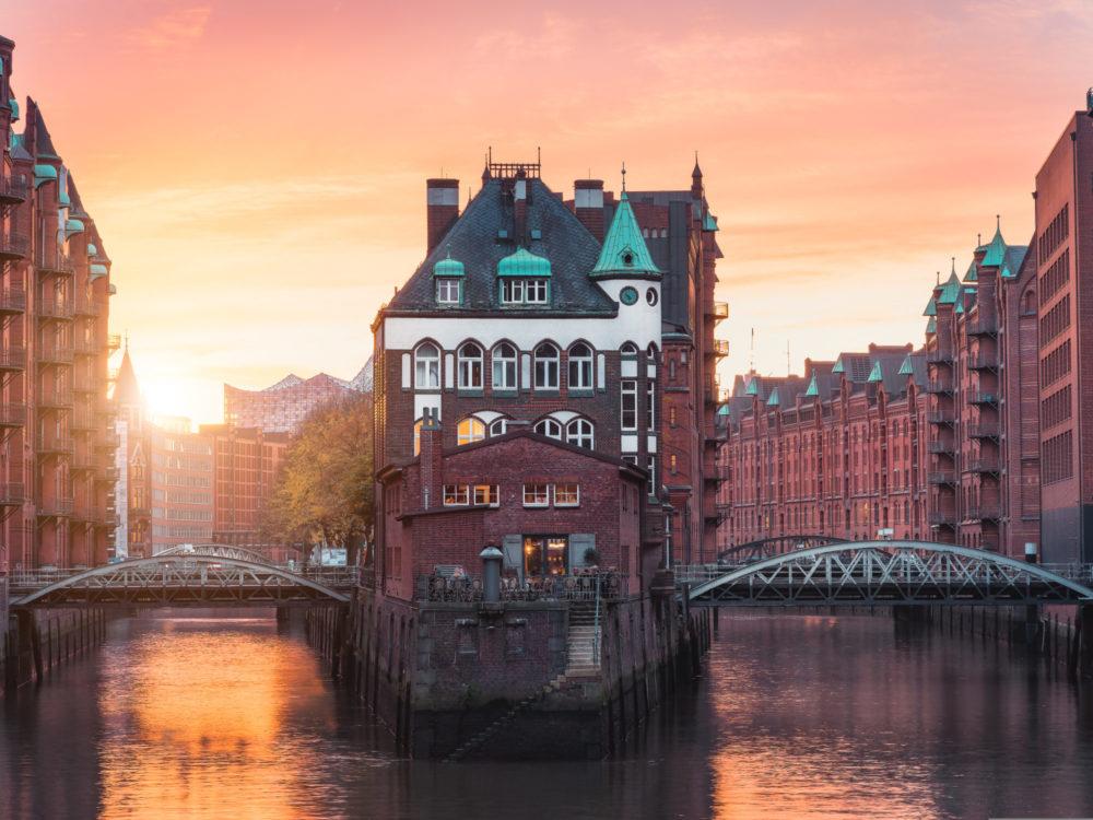 Al Wazzan - Hamburg Old Town